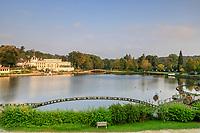 France, Orne, Bagnoles de l'Orne, casino by the lake // France, Orne (61), Bagnoles-de-l'Orne, casino au bord du lac