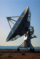 SATELLITE DISHES, FRONT VIEW. NEW MEXICO USA VERY LARGE ARRAY..