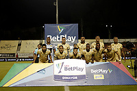 RIONEGRO - COLOMBIA, 06-11-2020: Jugadores del Rionegro posan para una foto previo al partido por la fecha 18 entre Rionegro Águilas y Cúcuta Deportivo como parte de la Liga BetPlay DIMAYOR I 2020 jugado en el estadio Alberto Grisales de la ciudad del Rionegro. / Players of Rionegro pose to a photo prior Match for the date 18 between Rionegro Aguilas and Cucuta Deportivo as part BetPlay DIMAYOR League I 2020 played at Alberto Grisales stadium in Rionegro city. Photo: VizzorImage / Juan Augusto Cardona / Cont