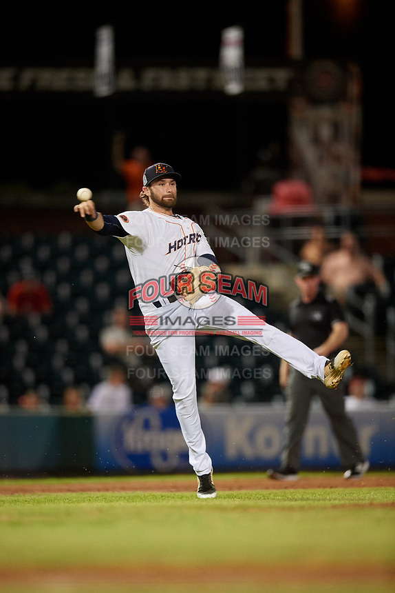 Bowling Green Hot Rods third baseman Zach Rutherford (15) throws to first base during a game against the Peoria Chiefs on September 15, 2018 at Bowling Green Ballpark in Bowling Green, Kentucky.  Bowling Green defeated Peoria 6-1.  (Mike Janes/Four Seam Images)