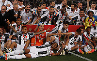 Calcio, finale Tim Cup: Milan vs Juventus. Roma, stadio Olimpico, 21 maggio 2016.<br /> Juventus' players pose with the trophy at the end of the Italian Cup final football match between AC Milan and Juventus at Rome's Olympic stadium, 21 May 2016. Juventus won 1-0 in the extra time.<br /> UPDATE IMAGES PRESS/Isabella Bonotto