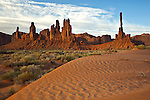 The Totem Pole and Yei Bi Chai rock formations in Monument Valley Tribal Park, Arizona