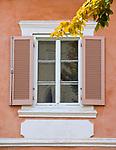Oesterreich, Kaernten, Burgenstadt Friesach: Altstadt, Stadthaus, Fenster | Austria, Carinthia, Fortress-Town Friesach: old-town, townhouse, window