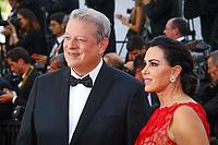 Al Gore et Elizabeth Keadle sur le tapis rouge pour la projection du film MISE A MORT DU CERF SACRE lors du soixante-dixième (70ème) Festival du Film à Cannes, Palais des Festivals et des Congres, Cannes, Sud de la France, lundi 22 mai 2017. Philippe FARJON / VISUAL Press Agency
