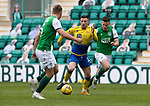Hibs v St Johnstone…01.05.21  Easter Road. SPFL<br />Michael O'Halloran gets betwenn Paul McGinn and Ryan Porteous<br />Picture by Graeme Hart.<br />Copyright Perthshire Picture Agency<br />Tel: 01738 623350  Mobile: 07990 594431