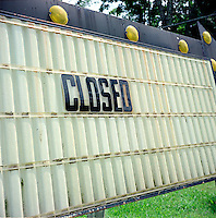 Closed sign.<br />