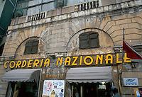 - Genoa, naval supplies store....- Genova, negozio di forniture navali