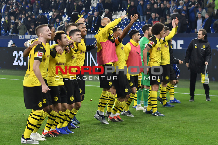 08.12.2018, Veltins-Arena, Gelsenkirchen, GER, 1. FBL, FC Schalke 04 vs. Borussia Dortmund, DFL regulations prohibit any use of photographs as image sequences and/or quasi-video<br /> <br /> im Bild Schlussjubel / Schlußjubel / Emotion / Freude / der Mannschaft von Dortmund vor der Fankurve / Fans / Fanblock / <br /> <br /> Foto © nordphoto/Mauelshagen