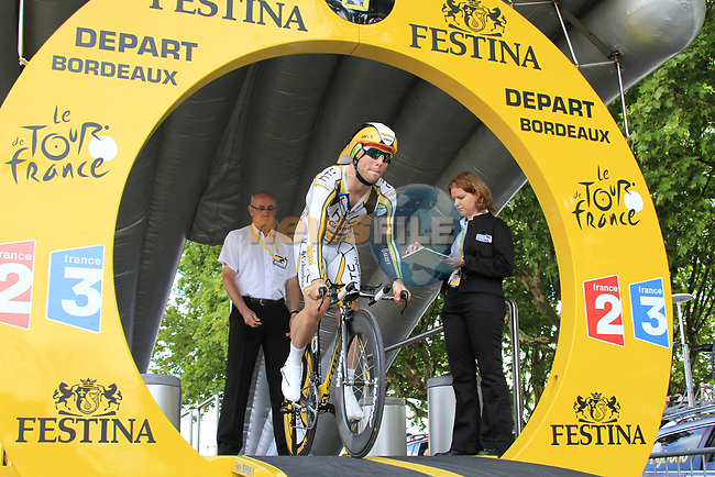 Mark Cavendish (GBR) HTC-Columbia powers off the start ramp of Stage 19 of the 2010 Tour de France an individual time trial running 52km from Bordeaux to Pauillac, France. 24th July 2010.<br /> (Photo by Eoin Clarke/NEWSFILE).<br /> All photos usage must carry mandatory copyright credit (© NEWSFILE | Eoin Clarke)