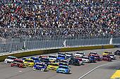 #9: Chase Elliott, Hendrick Motorsports, Chevrolet Camaro NAPA Auto Parts and #19: Martin Truex Jr., Joe Gibbs Racing, Toyota Camry Bass Pro Shops
