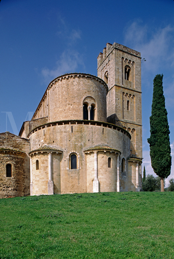 The mystical Romanesque CHURCH OF SANT' ANTIMO near the town of CASTELNUOVO DELL' ABATE - TUSCANY, ITALY