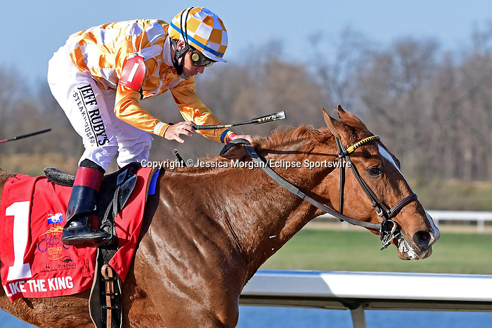 March 27, 2021: Like the King #1, ridden by jockey Drayden Van Dyke survives an inquiry to win the Jeff Ruby Stakes, a Kentucky Derby prep race at Turfway Park in Florence, Kentucky. Jessica Morgan/Eclipse Sportswire/CSM