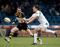 Photo: Richard Lane/Richard Lane Photography. London Wasps v Exeter Chiefs. 12/02/2012. Exeter's Ignacio Mieres passes.