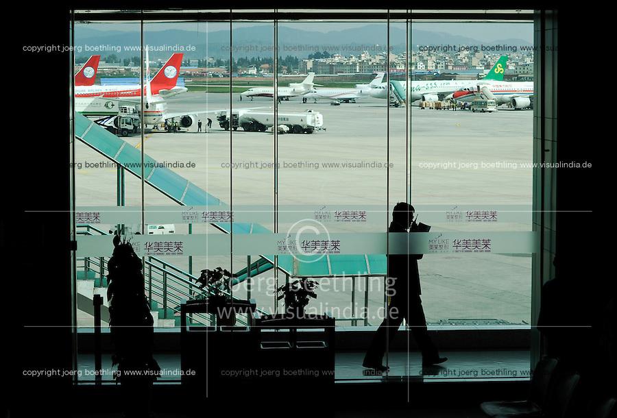 CHINA Province Yunnan, Kunming, airport / CHINA Kunming, Flughafen