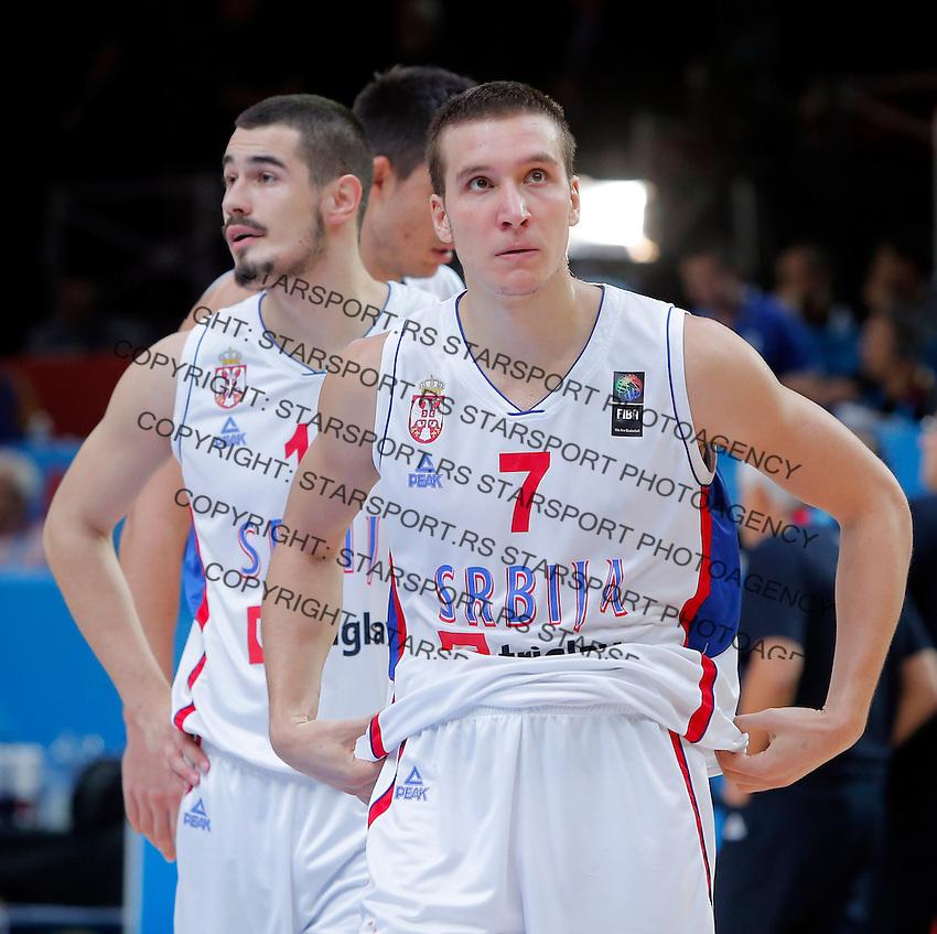 Serbia's Bogdan Bogdanovic and Nikola Kalinic reacts after European championship semi-final basketball match between Serbia and Lithuania on September 18, 2015 in Lille, France  (credit image & photo: Pedja Milosavljevic / STARSPORT)