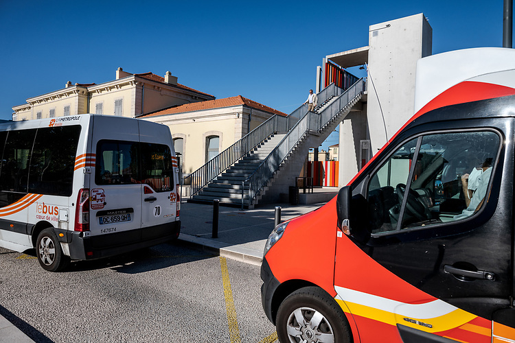 PEM Salon - Pôle d'échange Multi-modal  -  Le Bus Le Car TER
