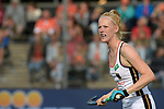 NED - Amsterdam, Netherlands, August 20: During the women Pool B group match between Germany (white) and England (red) at the Rabo EuroHockey Championships 2017 August 20, 2017 at Wagener Stadium in Amsterdam, Netherlands. Final score 1-0. (Photo by Dirk Markgraf / www.265-images.com) *** Local caption *** Nina Notmann #28 of Germany