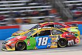 #18: Kyle Busch, Joe Gibbs Racing, Toyota Camry M&M's, #37: Chris Buescher, JTG Daugherty Racing, Chevrolet Camaro Slim Jim