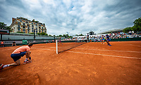 Paris, France, 01 June, 2018, Tennis, French Open, Roland Garros, Womans Doubles : Kiki Bertens (NED) and Johanna Larsson (SWE) overall view<br /> Photo: Henk Koster/tennisimages.com
