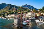 Italy, Lombardia, Menaggio: popular resort on the West Banks of Lake Como - small harbour and Grand Hotel Menaggio (left) and Hotel Bellavista (middle) | Italien, Lombardei, Menaggio: beliebter Urlaubsort an der Westkueste des Comer Sees, von hier besteht eine Faehrverbindung nach Bellagio und Varenna - kleiner Hafen und das Grand Hotel Menaggio (links) und das Hotel Bellavista (Mitte)