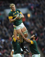 Pieter-Steph du Toit of South Africa secures the re-start ball during the Killik Cup match between Barbarians and South Africa at Wembley Stadium on Saturday 5th November 2016 (Photo by Rob Munro)