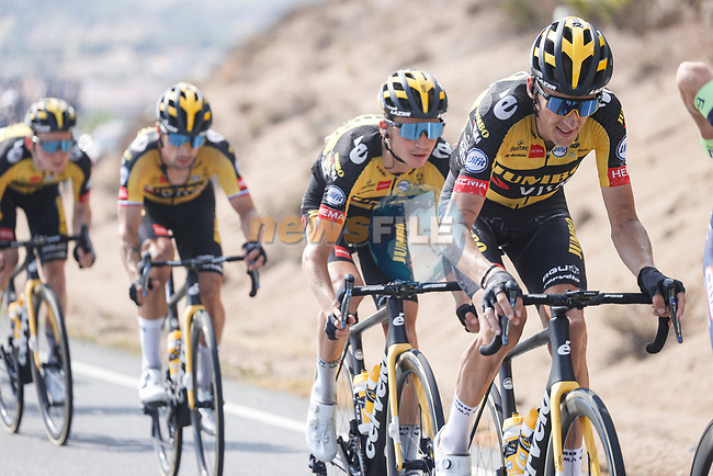 Jumbo-Visma in the peloton during Stage 15 of La Vuelta d'Espana 2021, running 197.5km from Navalmoral de la Mata to El Barraco, Spain. 29th August 2021.     <br /> Picture: Luis Angel Gomez/Photogomezsport | Cyclefile<br /> <br /> All photos usage must carry mandatory copyright credit (© Cyclefile | Luis Angel Gomez/Photogomezsport)