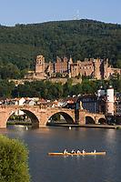 Europe/Allemagne/Bade-Würrtemberg/Heidelberg:Europe/Allemagne/Bade-Würrtemberg/Heidelberg:La ville ,le chateau depuis la rive droite du Neckar