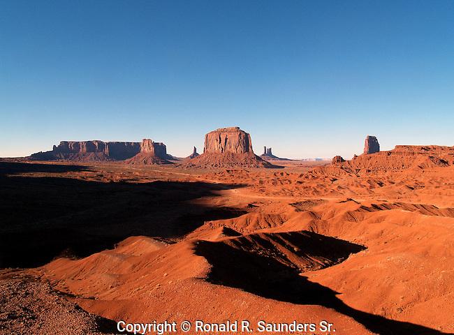 Monument Valley rock formations - Goulding - Arizona/Utah border - USA