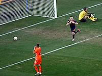 Iniesta celebrates goal Soccer, Football - 2010 FIFA World Cup - Johannesburg, South Africa, Sunday, July, 11, 2010. Final match, Netherlands vs Spain, Soccer City Stadium (credit & photo: Pedja Milosavljevic / +381 64 1260 959 / thepedja@gmail.com / STARSPORT )