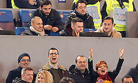 Calcio, Serie A:  Roma vs Palermo. Roma, stadio Olimpico, 21 febbraio 2016. <br /> Roma's Francesco Totti, top right, sits on the stand during the Italian Serie A football match between Roma and Palermo at Rome's Olympic stadium, 21 February 2016.<br /> UPDATE IMAGES PRESS/Riccardo De Luca