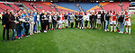 Nederland, Amsterdam, 10 mei 2015<br /> Eredivisie<br /> Seizoen 2014-2015<br /> Ajax-SC Cambuur<br /> Alle moeders met de spelers van Ajax poseren voor een groepsfoto in de Amsterdam ArenA.