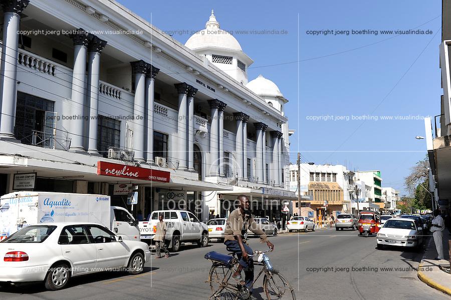 Kenya Mombasa, traffic on main road