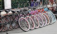 SANTA MONICA-ESTADOS UNIDOS.En Santa Monica se consiguen medios de transporte para visitar los mas importantes atractivos turisticos de esta ciudad del condado de Los Angeles.  Photo: VizzorImage