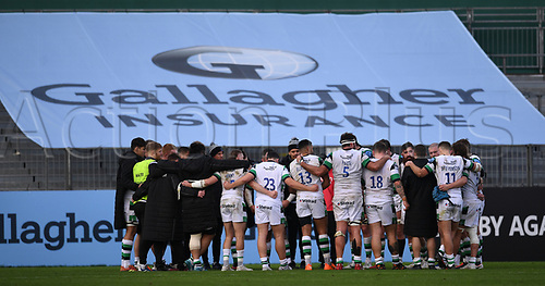 21st November 2020; Recreation Ground, Bath, Somerset, England; English Premiership Rugby, Bath versus Newcastle Falcons; Newcastle Falcons huddle after the match