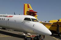 - medium range airliner Bombardier Q 400 (Canada) ....- aereo di linea a medio raggio Bombardier Q 400 (Canada)