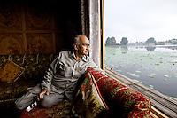 The Forgotten Houseboats of Kashmir