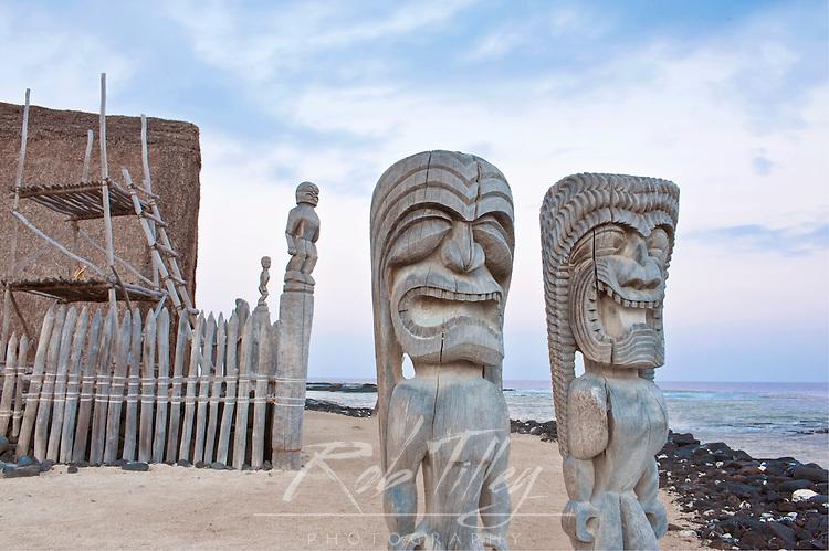 USA, HI, Puuhonua O Honaunau National Historic Park (Place of Refuge)