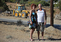 Pictured L-R: Dutch tourists Marga and Dies Verhagen from Amsterdam at search of the new site in Kos, Greece. Friday 07 October 2016<br />