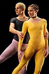 DUETS....Choregraphie : CUNNINGHAM Merce..Compositeur : CAGE John..Compagnie : Merce Cunningham Dance Company..Lumiere : EMMONS Beverly..Costumes : RAUSCHENBERG Robert..Avec :..GOGGANS Jennifer..WEBER Andrea..Lieu : Theatre de la Ville..Ville : Paris..Le : 15 12 2011<br /> © Laurent Paillier / photosdedanse.com<br /> All rights reserved