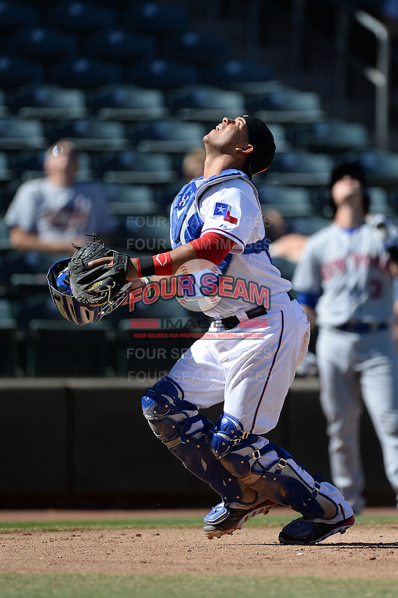 Surprise Saguaros catcher Jorge Alfaro (22), of the Texas Rangers organization, during an Arizona Fall League game against the Scottsdale Scorpions on October 17, 2013 at Surprise Stadium in Surprise, Arizona.  Surprise defeated Scottsdale 10-5.  (Mike Janes/Four Seam Images)