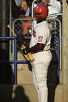 Batavia Muckdogs Ryan Howard (26) during a game at Dwyer Stadium in Batavia, New York during the 2001 season.  Photo By Mike Janes/Four Seam Images