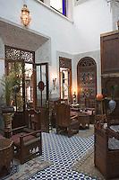 Afrique/Afrique du Nord/Maroc/Fèz: Médina de Fèz-El-Bali salle du Restaurant l'Arabesque