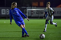 Genk's forward Hanne Merkelbach (25) pictured during a female soccer game between Sporting Charleroi and KRC Genk Ladies on the 9th matchday of the 2020 - 2021 season of Belgian Scooore Womens Super League , friday 11 th of December 2020  in Marcinelle , Belgium . PHOTO SPORTPIX.BE | SPP | STIJN AUDOOREN