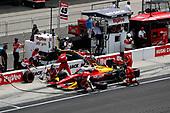 #45: Christian Lundgaard, Rahal Letterman Lanigan Racing Honda, Pit Stop