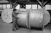 - ditta TECAS di Edolo, progettazione e realizzazione impianti e componenti industriali, sistemi di controllo per centrali nucleari (1984) <br /> <br /> - TECAS company in Edolo, design and construction of industrial plants and components, control systems for nuclear power plants (1984)