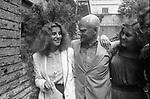 """STEFANIA SANDRELLI CON ALBERTO MORAVIA E LARA WENDEL <br /> PRESENTAZIONE DEL FILM """"DESIDERIA LA VITA INTERIORE"""" ROMA 1980"""