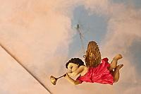 Europe/Voïvodie de Petite-Pologne/Cracovie: Détail décoration du plafond  au restaurant  : Polakowski