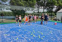 Den Bosch, Netherlands, 08 June, 2016, Tennis, Ricoh Open, KNLTB, Kidsday<br /> Photo: Henk Koster/tennisimages.com