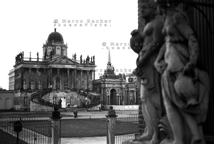 Potsdam, parco di Sanssouci. Neues Palais, i communs (pertinenze) --- Potsdam, Sanssouci Park. New Palace, the Communs
