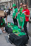 Expression of the Spanish trade unions against cuts and closures of public services.A group of protesters split green shirts with slogans in defense of public services..(Alterphotos/Ricky)